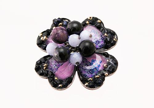 紫ブローチ 古希