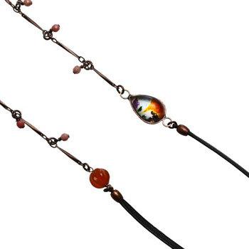 オレンジパンジー飾りの革紐とチェーンのメガネチェーン カーネリアン、ロードナイト