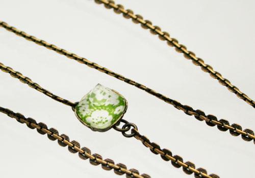 グリーンの梅柄シックなメンズメガネチェーン