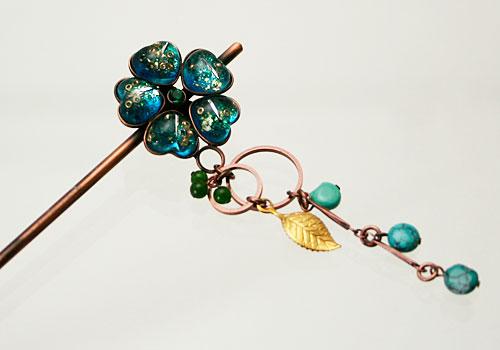 緑青のお花の金属製かんざし